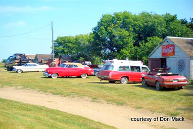 59plymm jaw- many coasters go out to bob jones property to see his collection of stuff and visit with the man aug 9 10-2