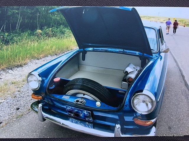 JUNE 2018: A 1964 VW TYPE 3 NOTCHBACK BRINGS A HAPPY COUPLE